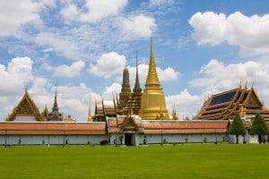 """Gouden tempel """"Grand Palace"""" tijdens een familiereis Thailand"""